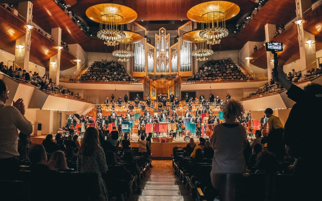 El público volvió a disfrutar y a reír con Música y Juguetes, el concierto para familias de Orquesta Metropolitana y Coro Talía