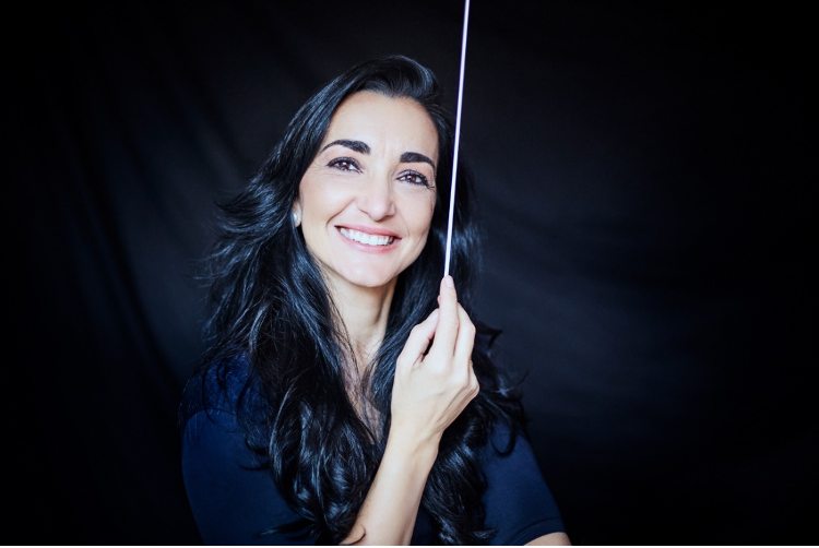 La directora de orquesta Silvia Sanz Torre, fundadora del Grupo Talía, de nuevo en el ranking de Las TOP 100 mujeres líderes.